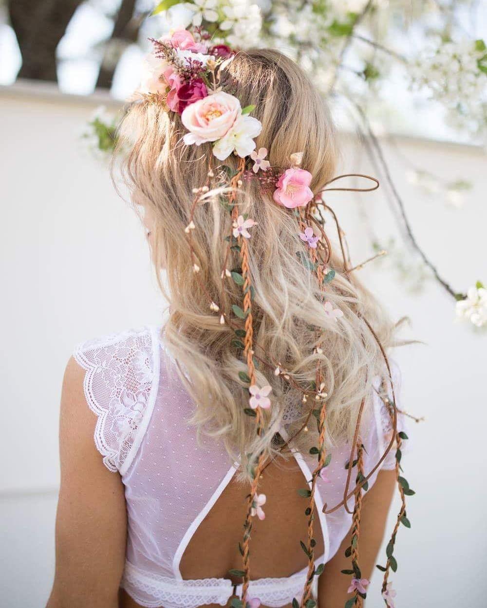 Romantic hair wreath Wedding hair crown  Boho style Wedding wreath Hair wreath Flower crown Magaela accessories Bridal accessoeries