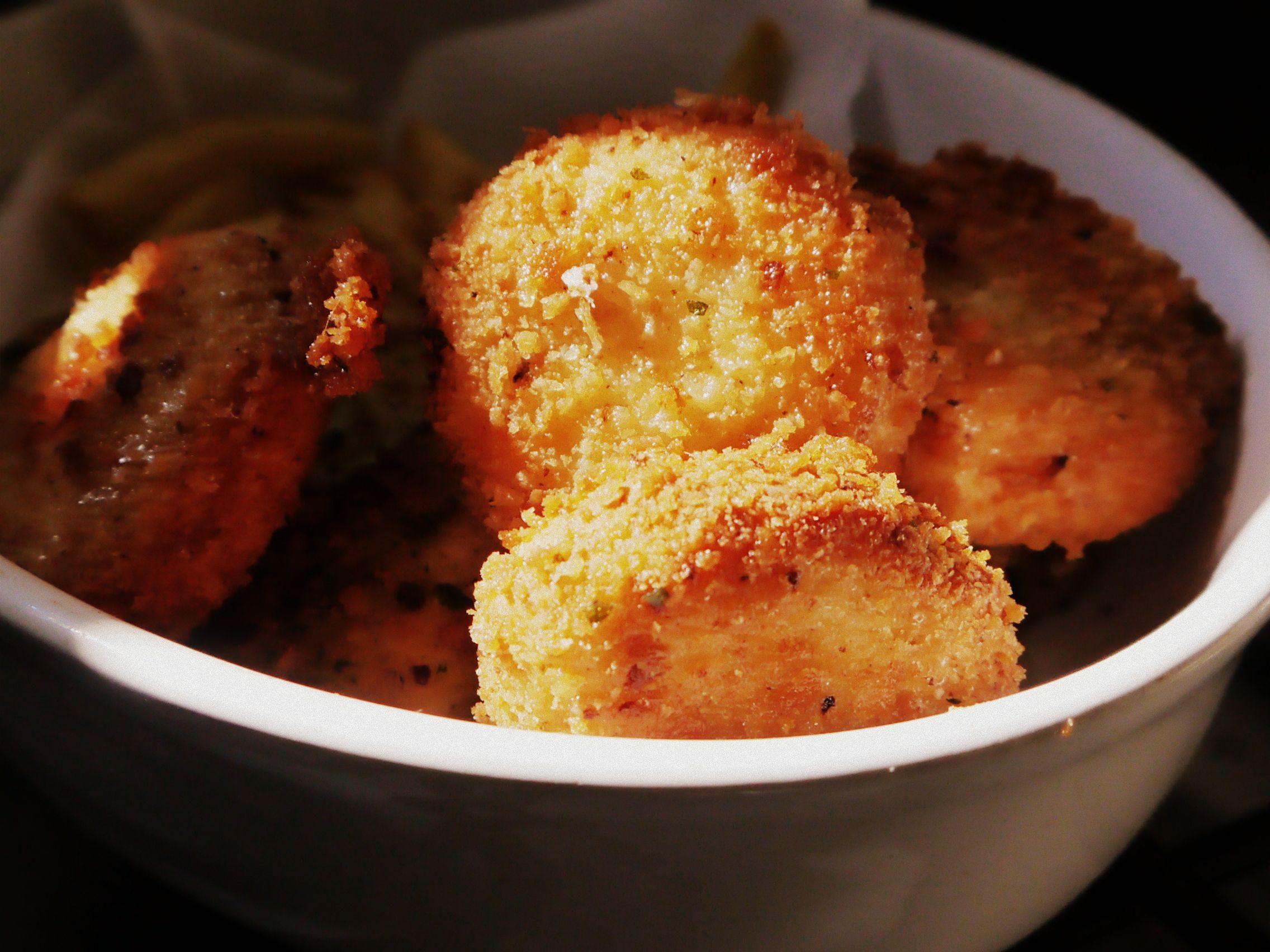 Nuggets de pollo caseros: cómo hacerlos con pollo de verdad, sin conservantes, colorantes ni saborizantes. Riquísimos y a prueba de niños ñañosos.