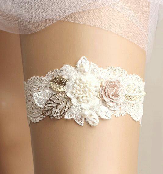 Wedding Dress Garter: Pin By Angela Morley On Wedding Stuff And Ideas
