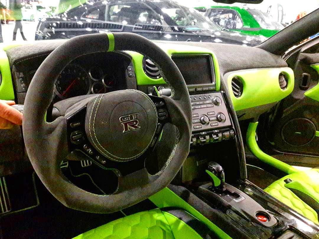 nissan gt r custom interior lime green and black hexagon stitch pattern auto addiction. Black Bedroom Furniture Sets. Home Design Ideas