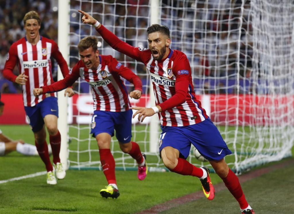 Real Madrid Atlético De Madrid En Vivo Y En Directo Marca Com Atletico De Madrid Real Madrid Atletico Atleta