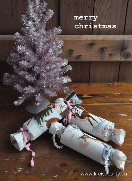 Vintage inspired christmas crackers simple tutorial for making your vintage inspired christmas crackers simple tutorial for making your own christmas crackers out of inexpensive vintage little golden books so adorable solutioingenieria Image collections