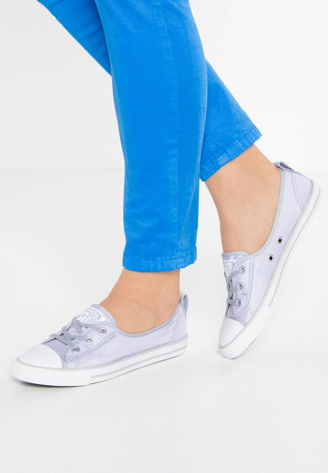 Converse. CHUCK TAYLOR ALL STAR BALLET LACE - Trainers - blue granite white  8f176c330