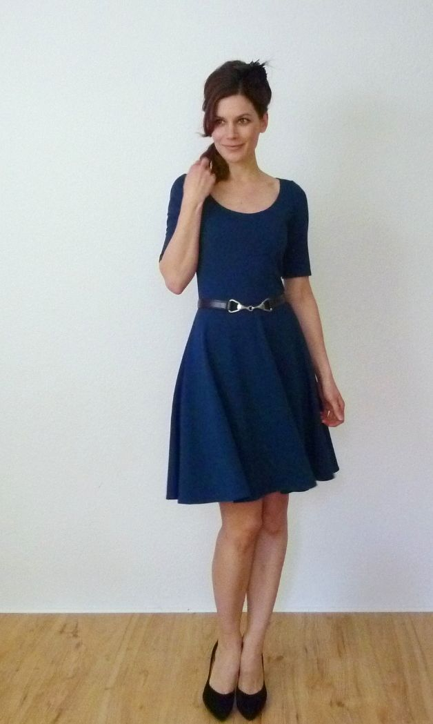 ca8b19337cd791 blaues Skaterkleid // blue skater dress by Vampire Vintage via DaWanda.com