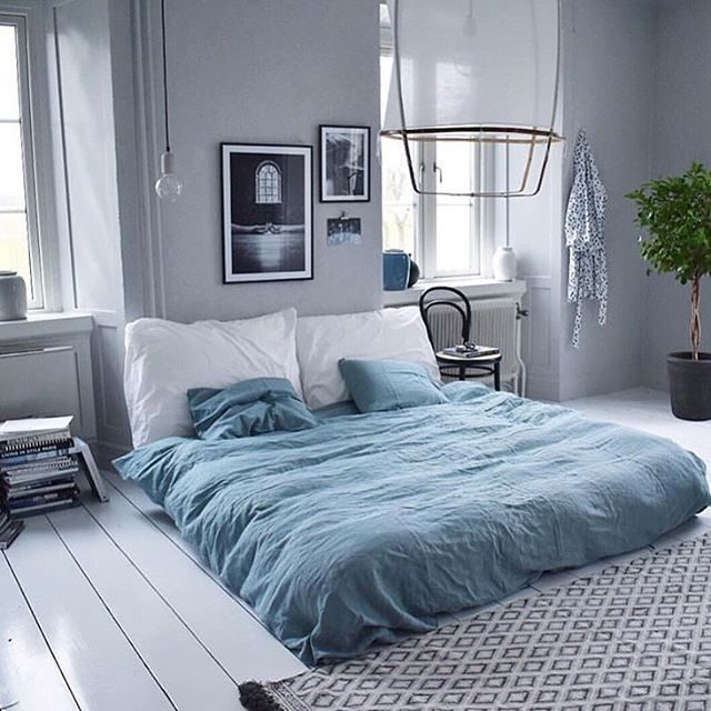 Pin de fotini en bedrooms pinterest ideas para for Pintura azul grisaceo