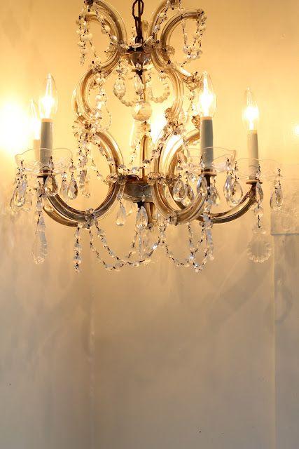 Walrus Vintage Crystal Chandelier Sold On Craigslist Vintage Crystal Chandelier Crystal Chandelier Chandelier