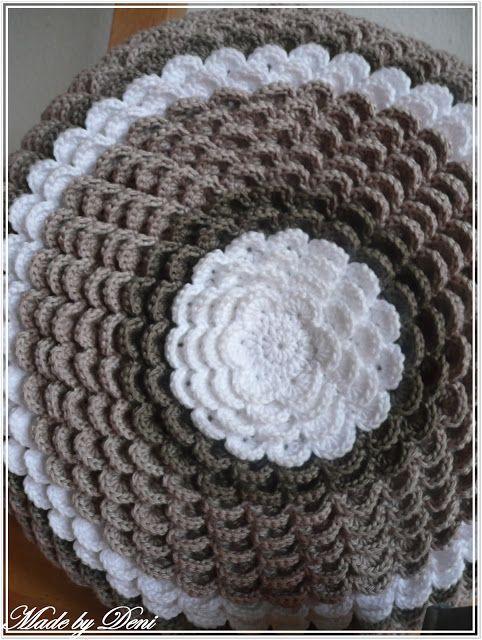 pin von korine haynes auf crochet afghans pinterest h kelkissen sofakissen und h kelmuster. Black Bedroom Furniture Sets. Home Design Ideas