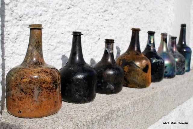 17th Century Wine Bottles From Rathfarham Castle, Dublin