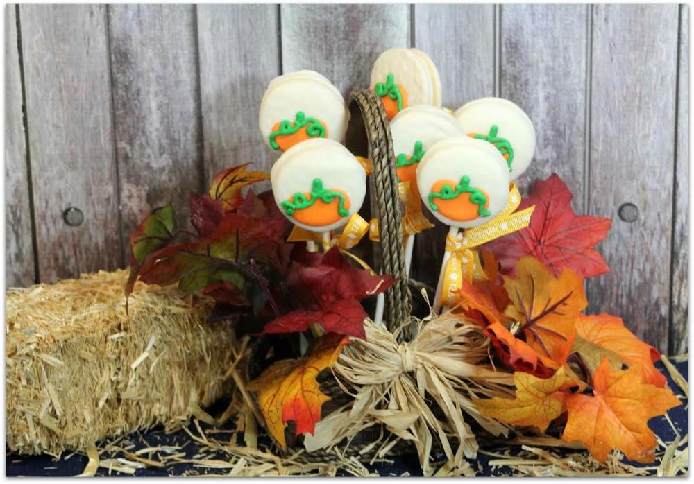 Easy Pumpkin Oreo Pops #oreopops Easy Pumpkin Oreo Pops - Food Fun & Faraway Places #oreopops