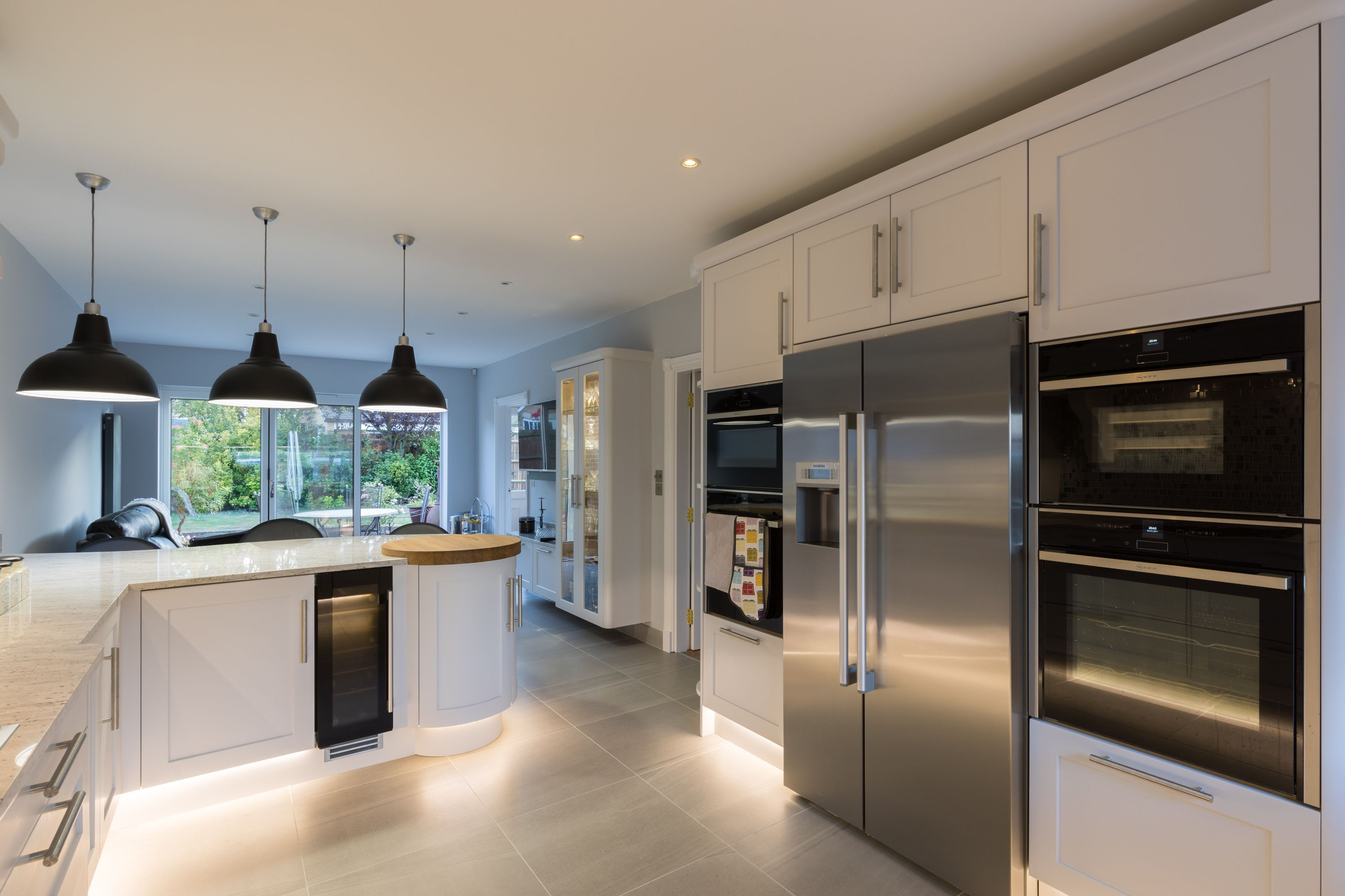 This kitchen was the dream of its owners who wanted a bright modern