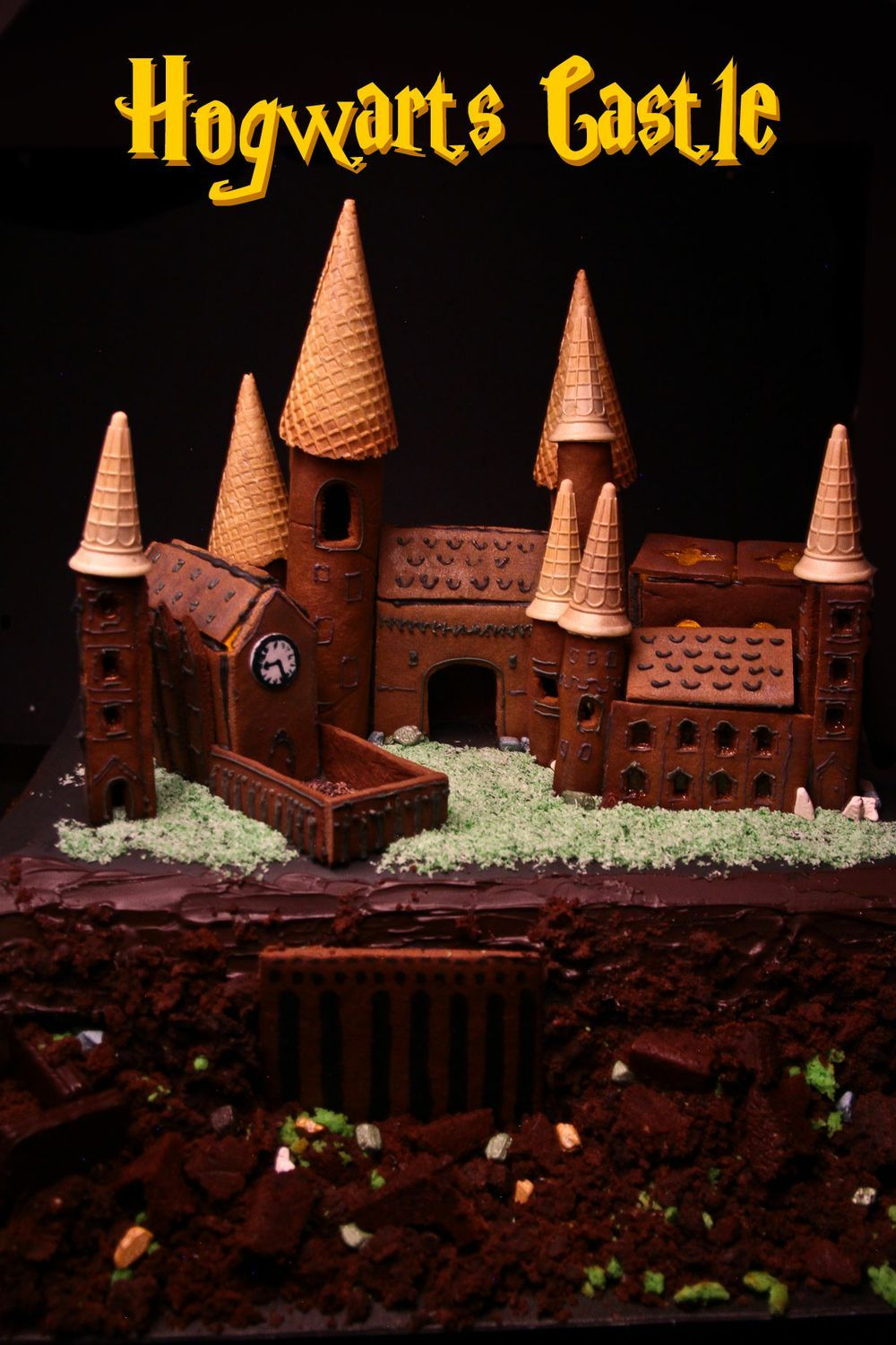 hogwarts gingerbread house template  Making Hogwarts Castle Out Of Gingerbread