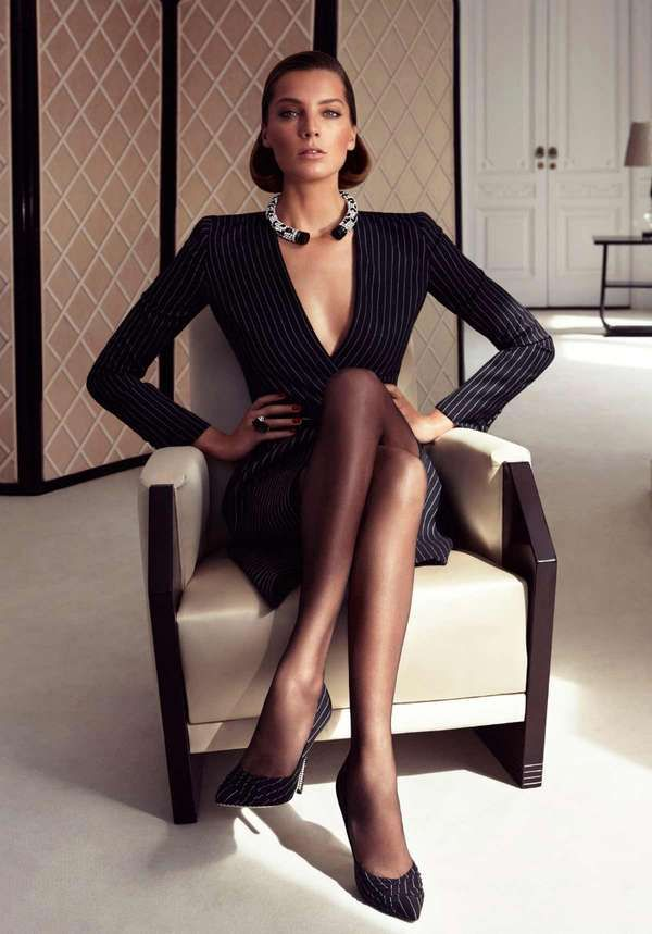 Sophisticated Sensual Photography - The Daria Werbowy Ferragamo Fall 2011 Ad Campaign is Stylish (GALLERY)