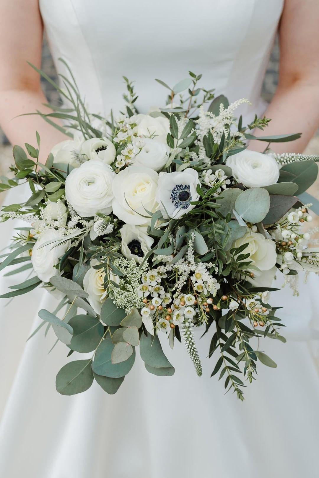 Bridal Bouquet White And Green Astilbebouquet Rosebridalbouquet Bridal Bouquet White And Green Astilbebouquet Blumenstrauss Hochzeit Brautstrauss Braut Blumen