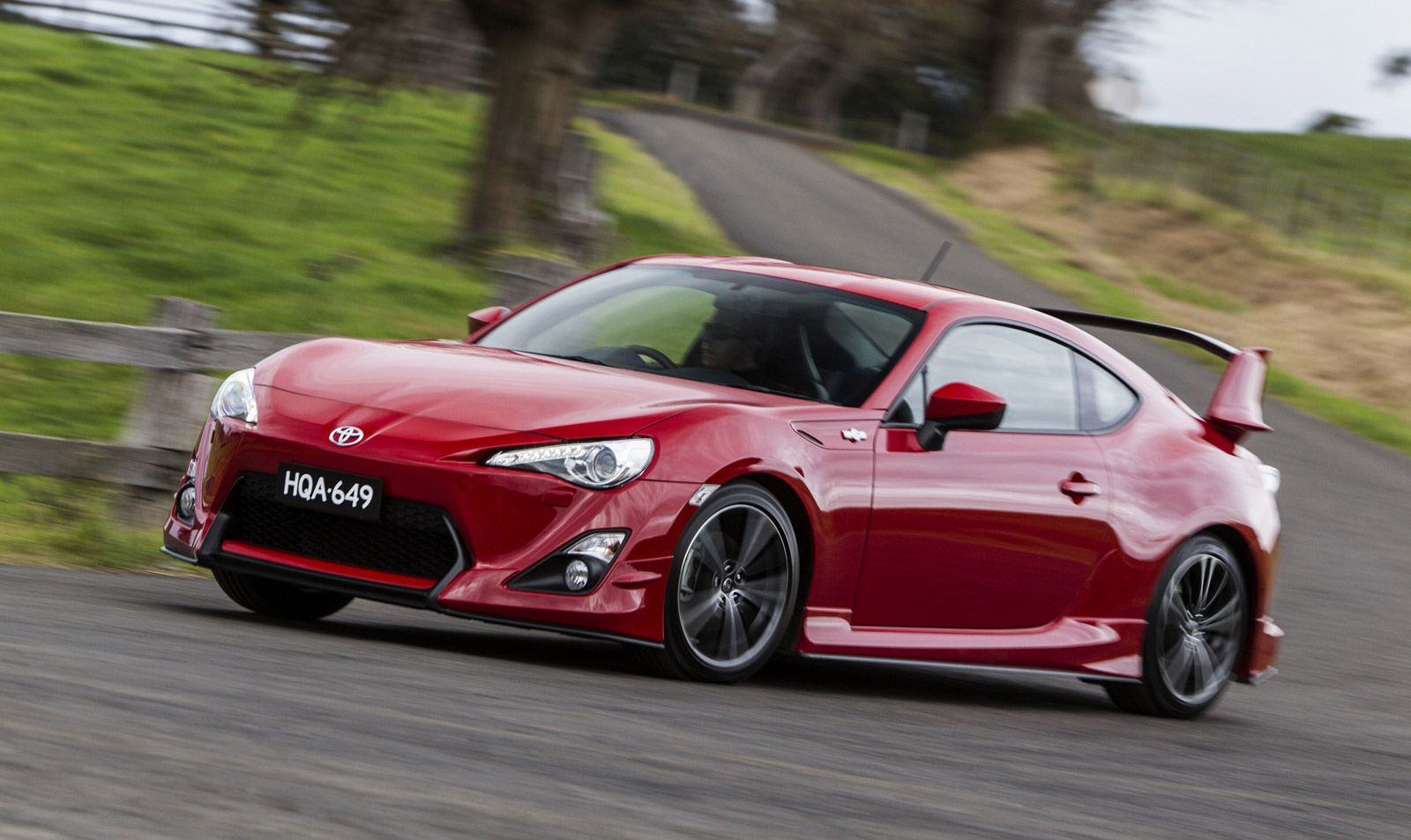Poor sales of toyota gt 86 scion fr s likely to rule out new