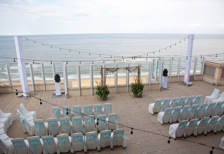 Outdoor Wedding On 10th Floor Sundeck At Oceanaire Resort