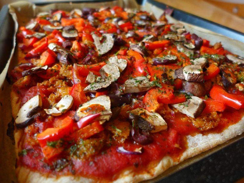 Wie Man Pizzateig Ohne Hefe Selber Macht Quiche Pizza Co