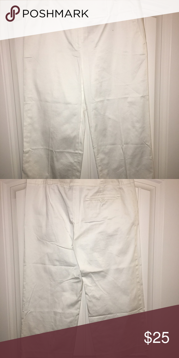 White Capris These White Capris are perfect for work or weekend wear. They have never been worn. Pants Capris