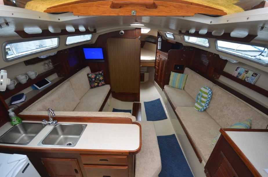 1985 Catalina 30 Tall Rig Sail Boat For Sale - www