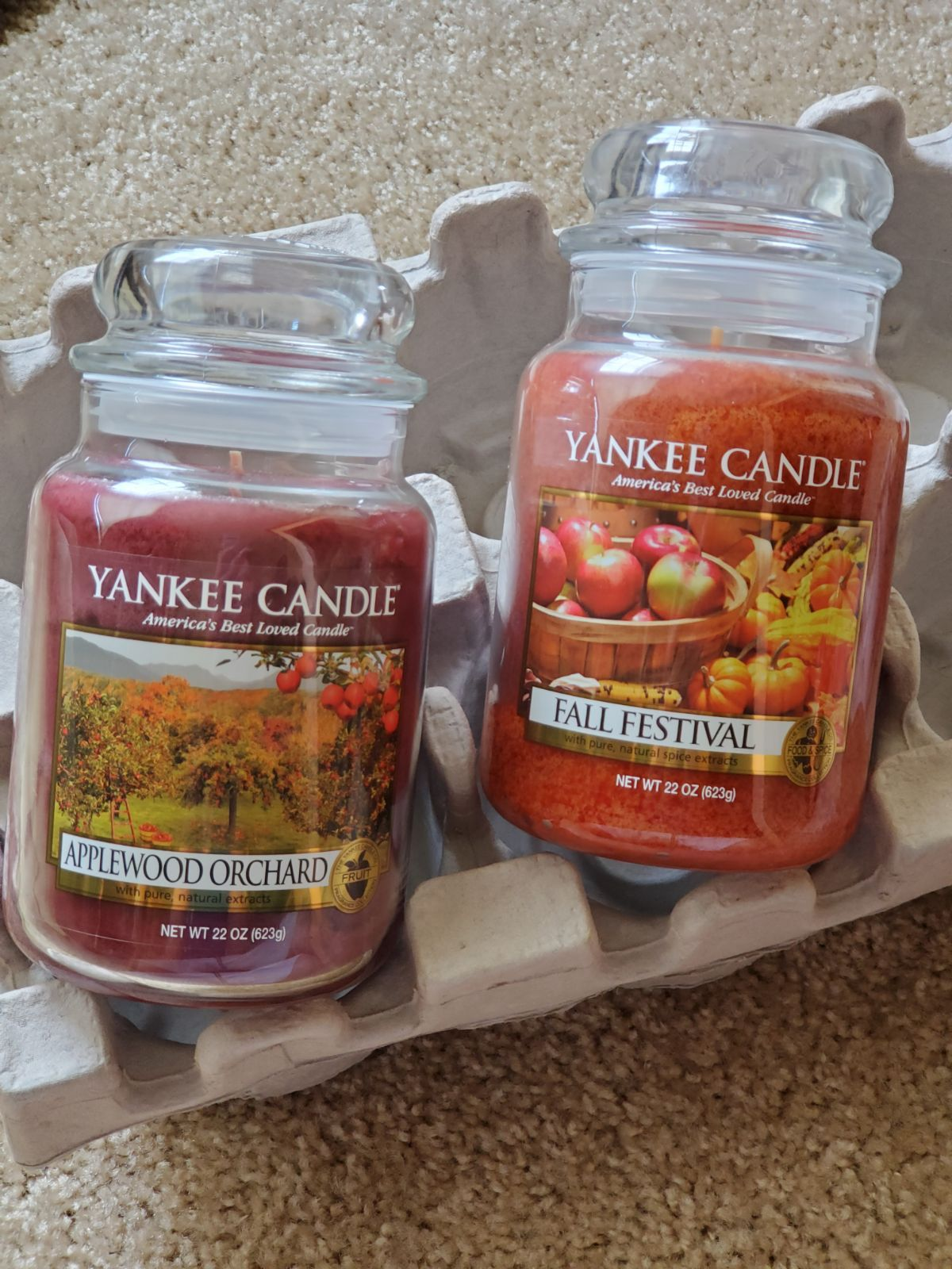 Two Hard To Find Retired Yankee Candles Both Are 22oz 2016 Applewood Orchard And 2017 Fall Festival Yankee Candle Retired Yankee Candles Yankee Candle Fall