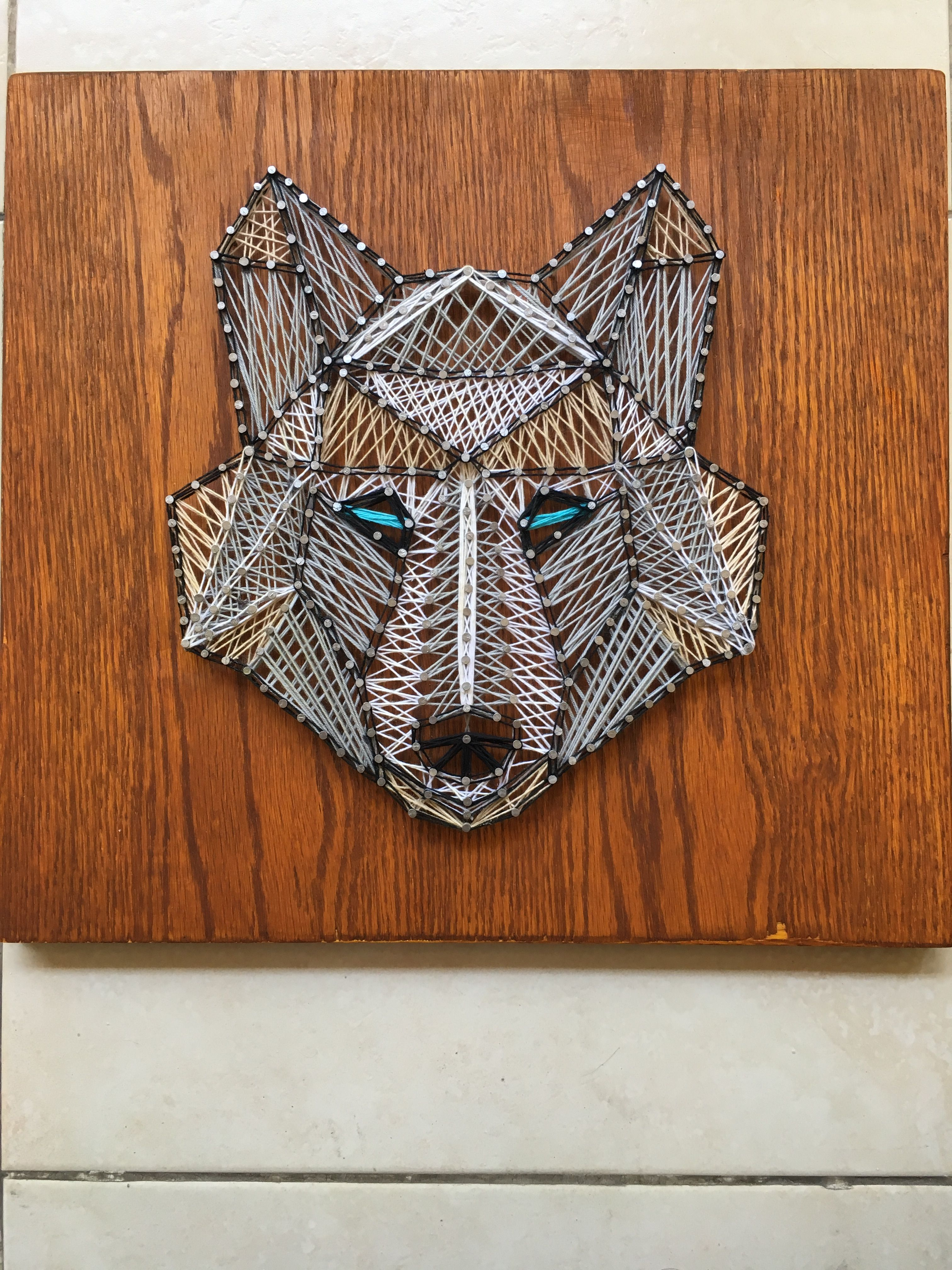 Wolf string art poly geometric | Craft Ideas | Nail string ...