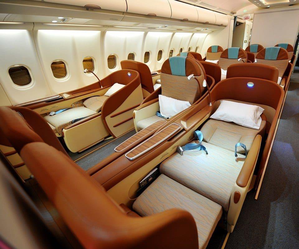 Flight attendants share 60 travel tips to pack better