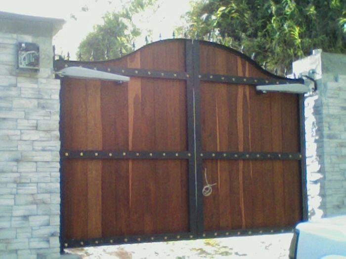 Resultado de imagen para portones de fincas campestres for Puertas y portones de madera