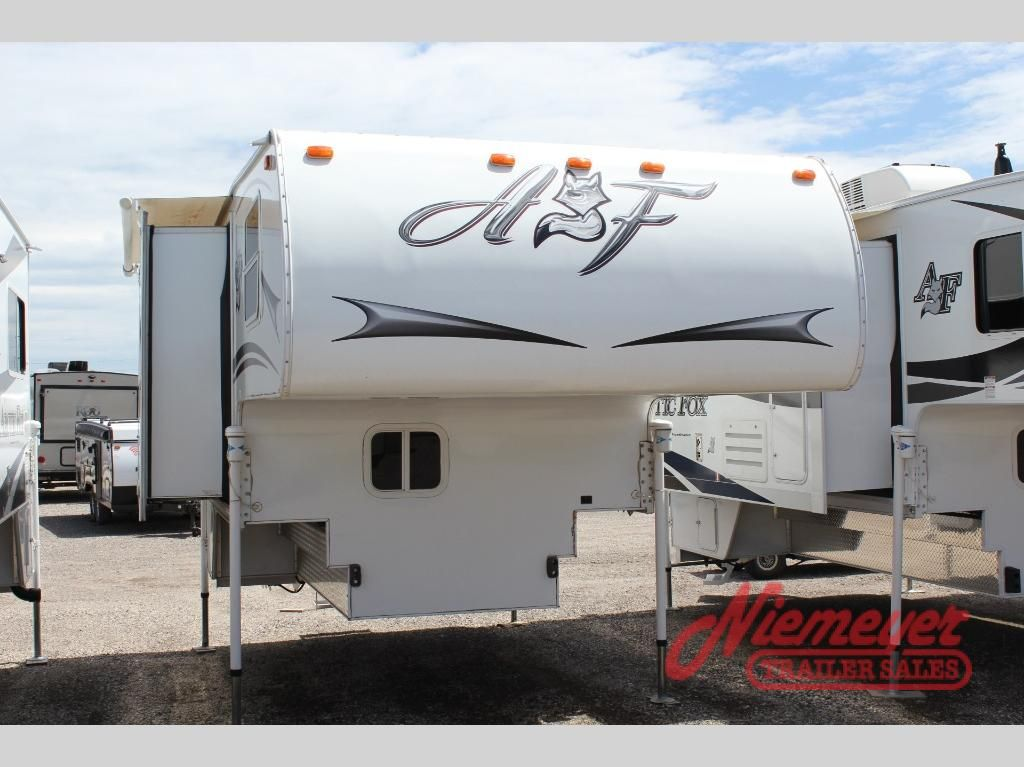 Used 2015 Northwood Arctic Fox Camper 811 Wet Bath Truck Camper At