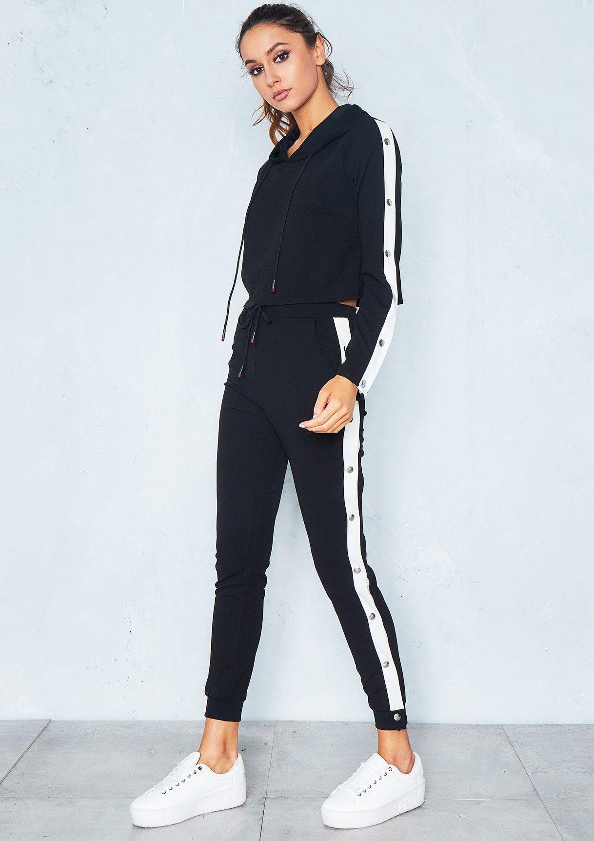 quality design 9bef8 3cdc1 Missyempire - Fliss Black White Side Stripe Cropped Loungewear Set