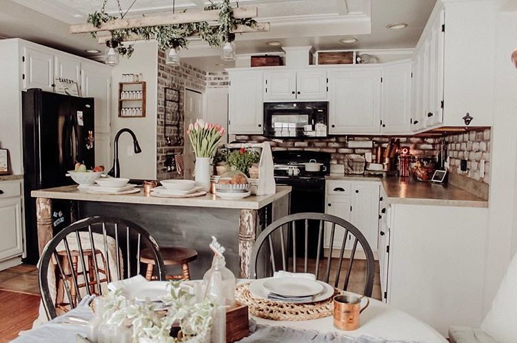 Farmhouse Style Kitchen 1800 S Farmhouse Kitchen Design Brick Backsplash Painted White Cabinets Spring Decor In The Kitchen