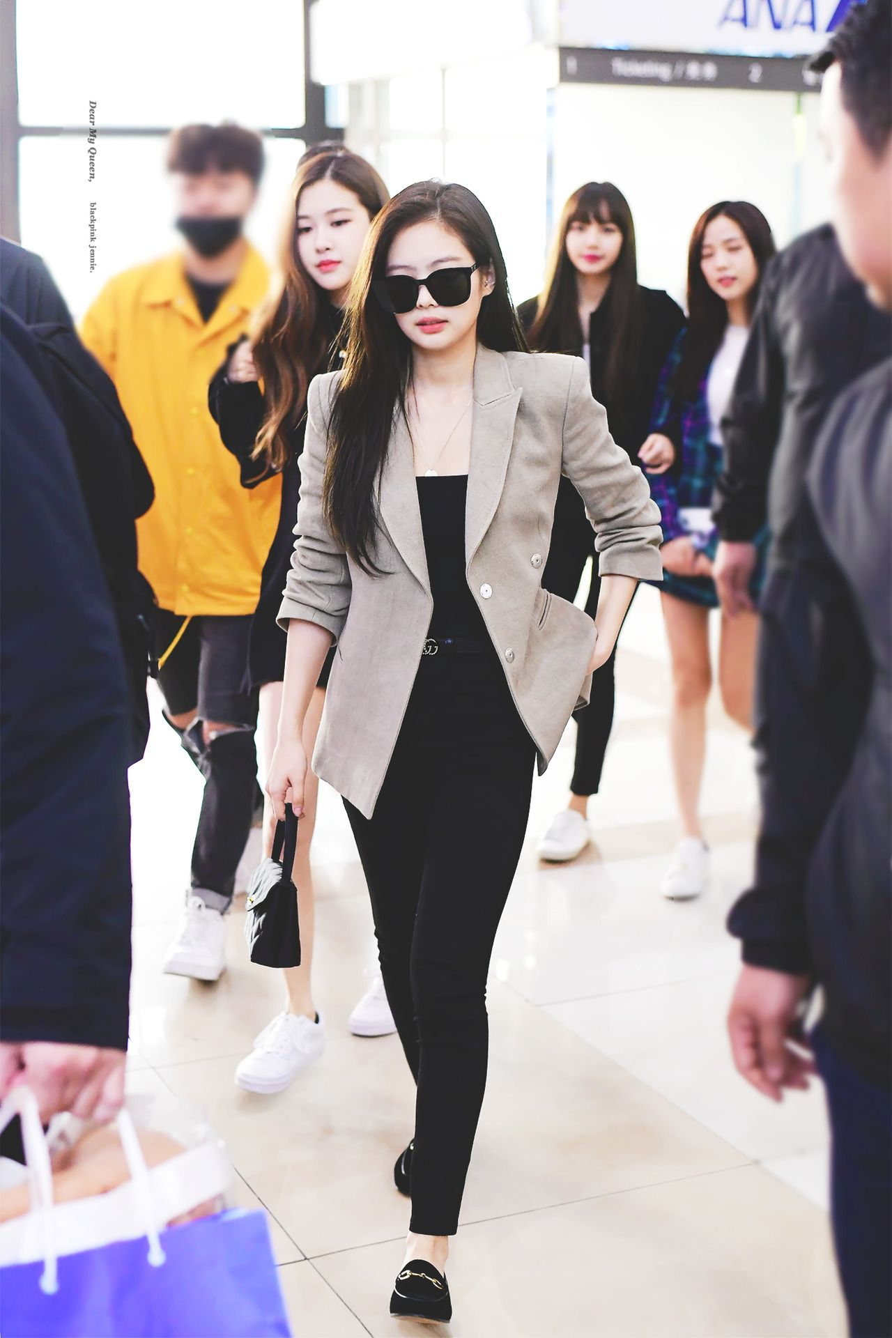 JENNIE U2014 AIRPORT #Jennie #KimJennie #Blackpink | Blackpink | Pinterest | Blackpink Kpop And ...