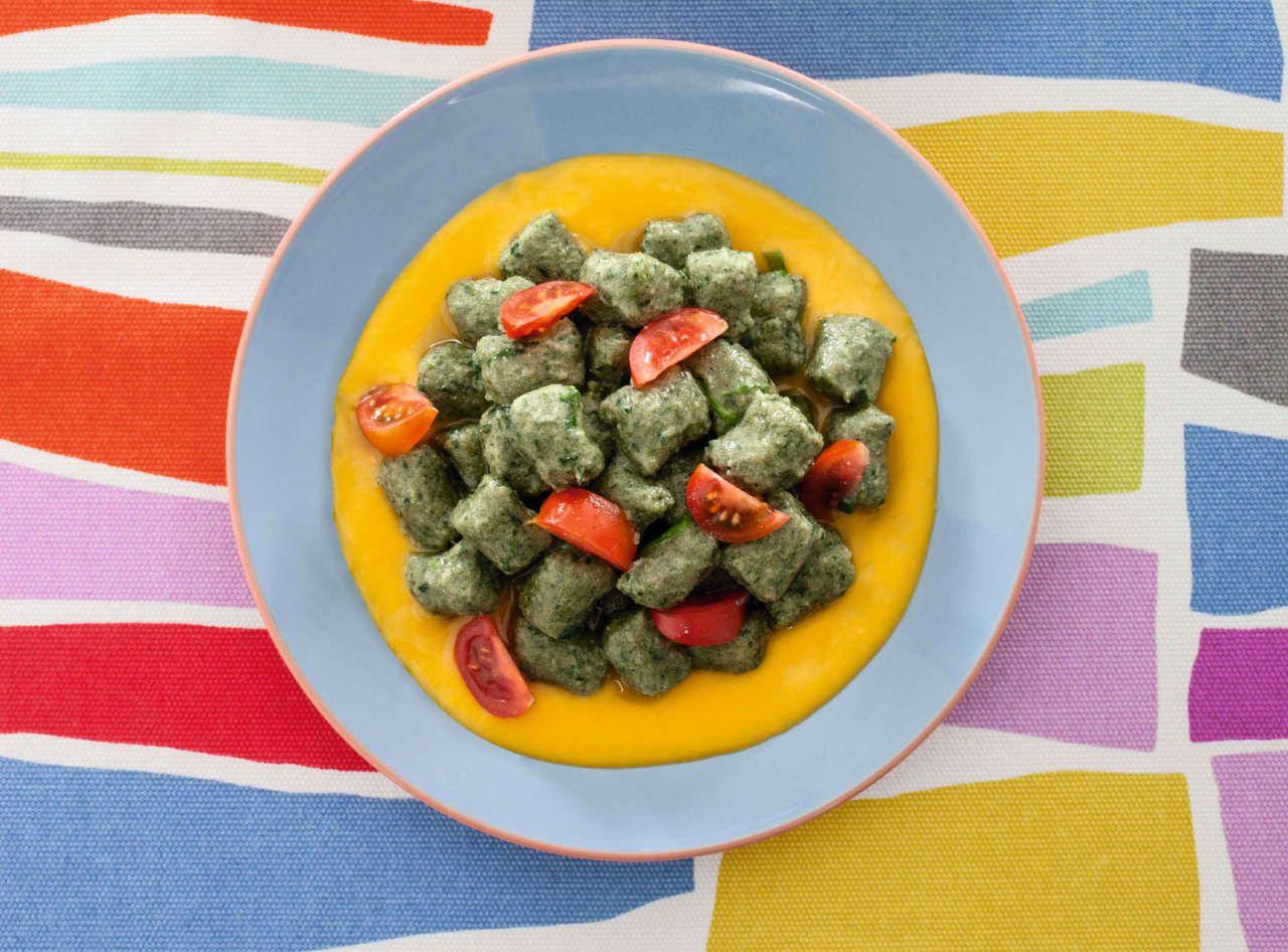 Ricetta Gnocchi Di Zucca Con Farina Di Quinoa.Gnocchi Colorati E Senza Glutine Ricetta Spinaci Cucina Naturale Quinoa