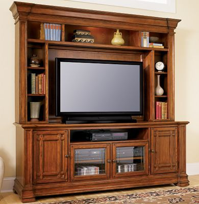 Media Cabinet Haverty S Entertainment Center Furniture Home Entertainment Centers Tv Stands And Entertainment Centers