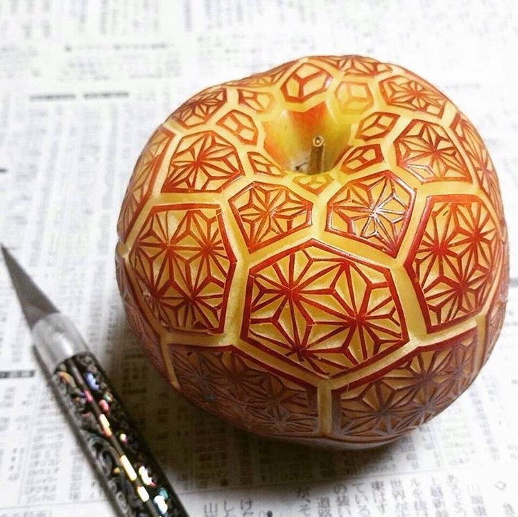 A new way to enjoy apples 🍎 (With images) Food artists