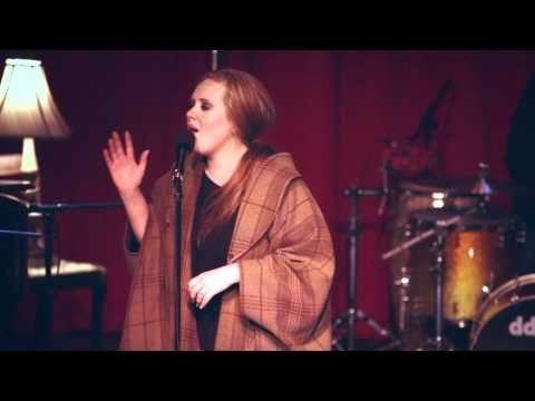 Officialadele Www Youtube Com Mrgeorgeogden Adele Adele Turning Tables Live At Largo