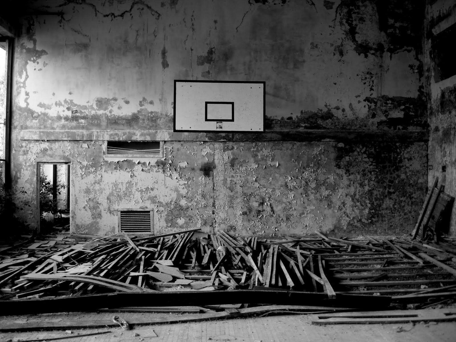 Basketball basket urban place black an3d white photo hd