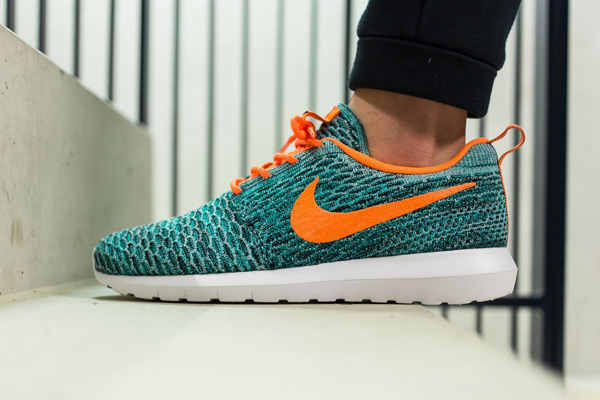 nike roshe one print team orange/white/bright mandarin oriental
