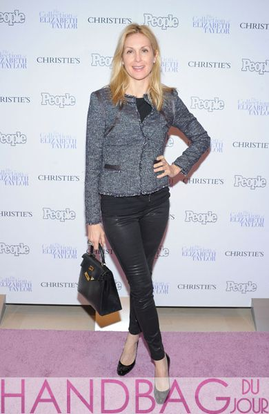 Actress-Kelly-Rutherford-attends-People-Magazine-and-Christie's-Elizabeth-Taylor-Collection-preview-event-at-Christie's-on-December-1,-2011-in-New-York-City-Hermes-Birkin-bag