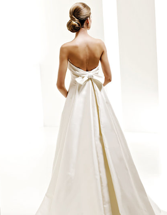 Robe de mariée PRONOVIAS modèle Onil du créateur Manuel Mota ...