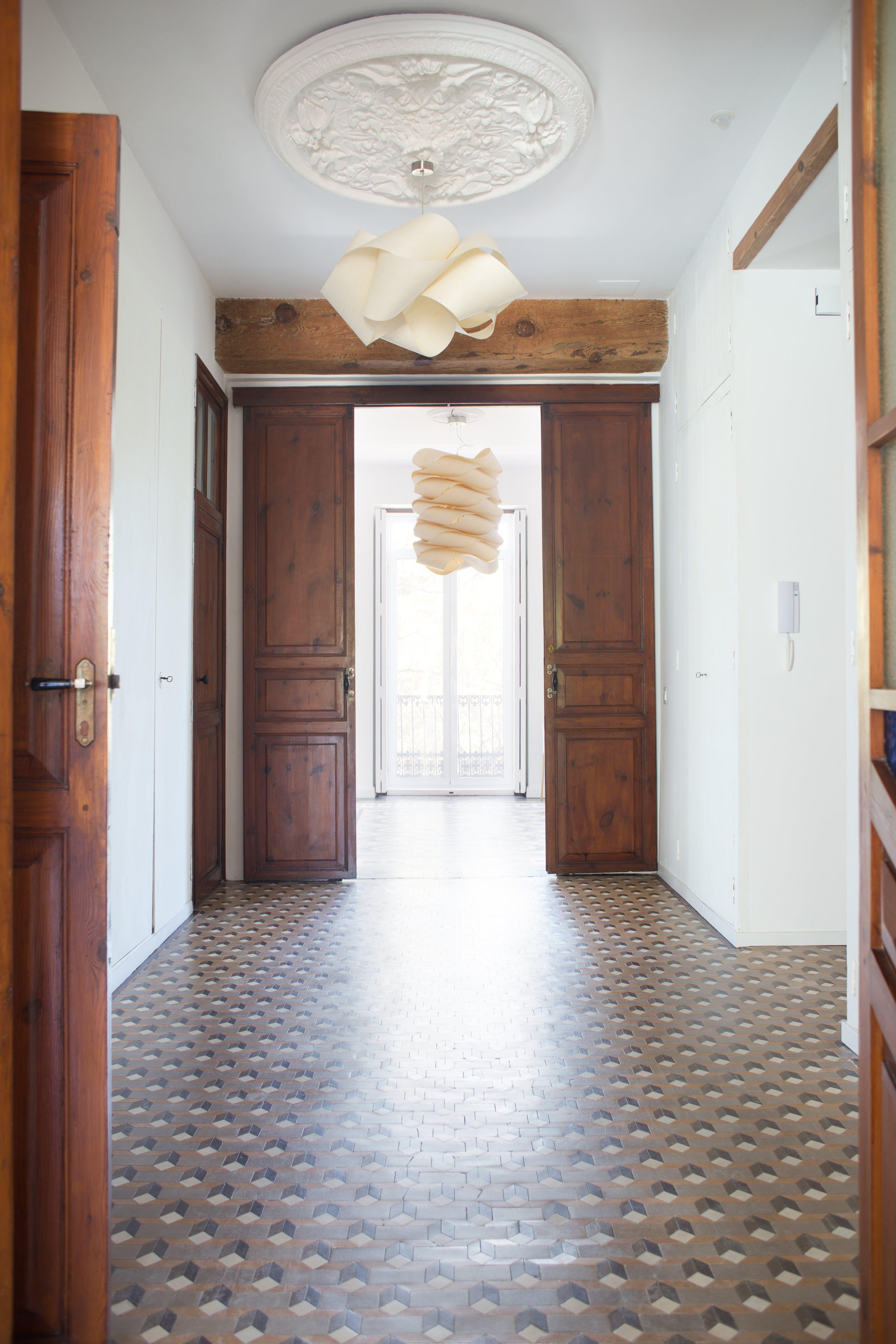 A Minimal & Modern Renovated Spanish Home | Valencia spain, Tile ...