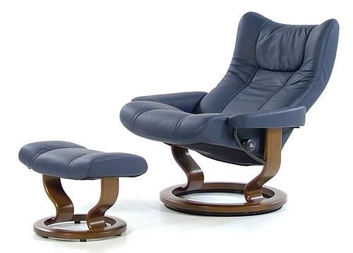 stressless recliners eagle recliner ottoman paloma oxford blue walnut by stressless by. Black Bedroom Furniture Sets. Home Design Ideas