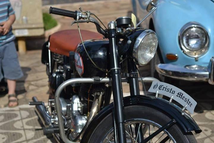Moto no Encontro Amigos da Ferrugem em Campanha MG