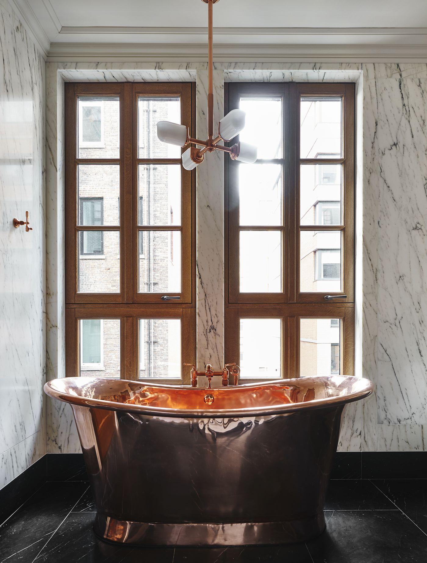 Roman And Williams S Stunning Chelsea Condo Unveils Interiors Bathroom Design Roman And Williams New Condo