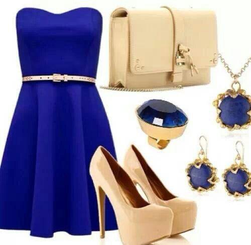 Accesorios para vestido azul con beige