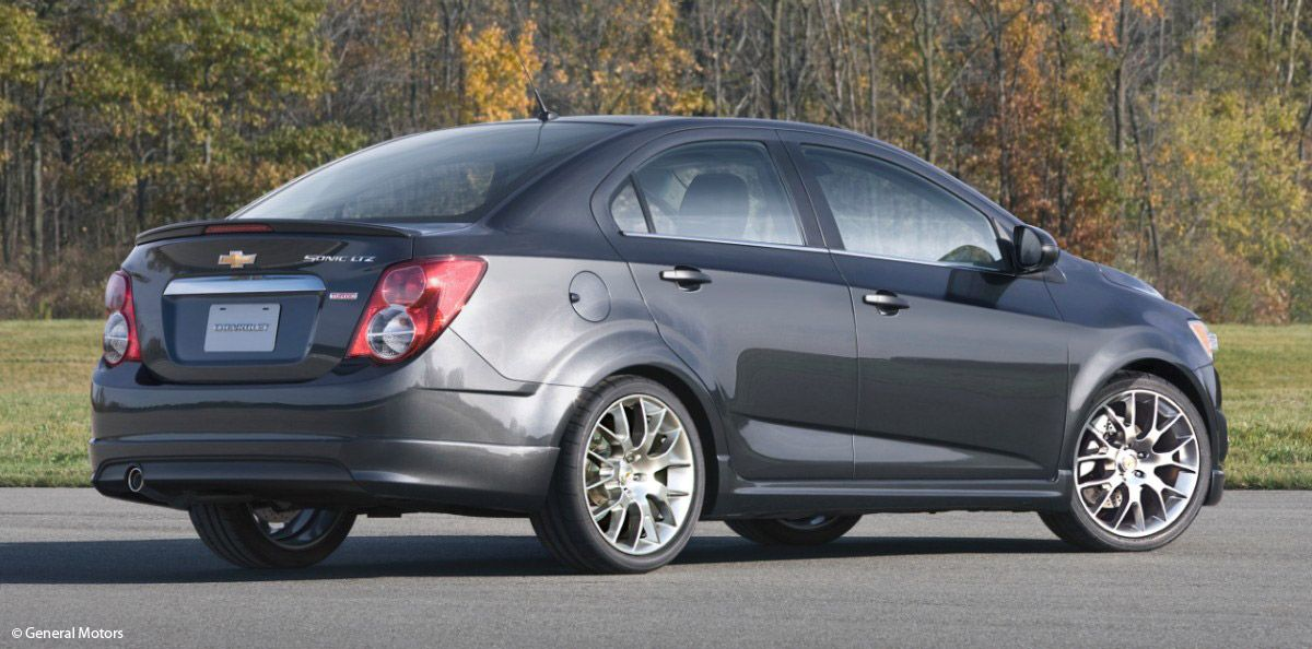 2013 chevy sonic dusk edition