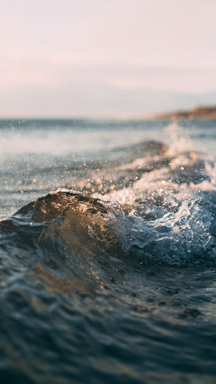 Www Hipsthetic Com Wp Content Uploads 2016 01 Crashing Waves Iphone Wallpaper Jpg Sea Photography Ocean Waves Sea And Ocean