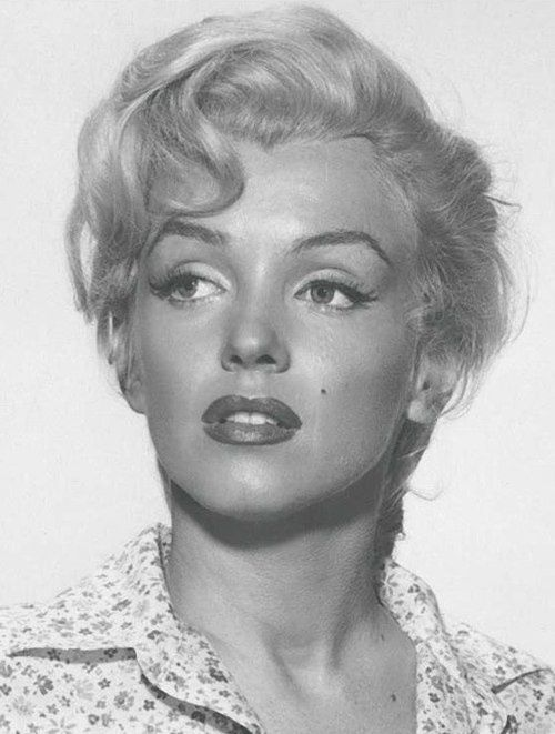 c99512355bb Marilyn Monroe close-up for River Of No Return