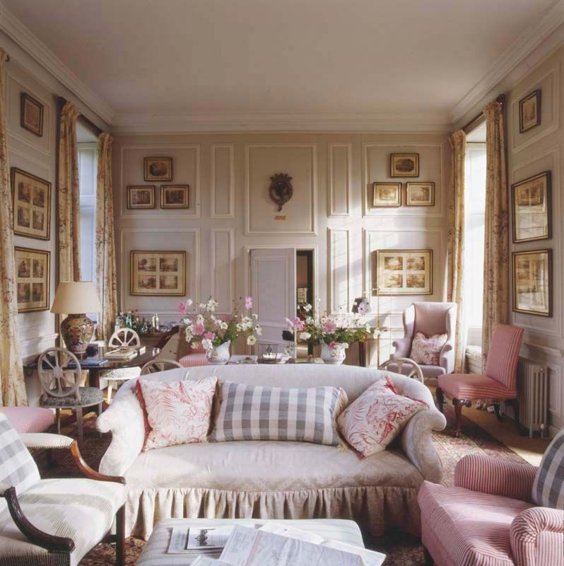 40 Cozy Small Living Room Ideas For English Cottage: Robert Kime: Antiques, Textiles, Interiors I Would Feel