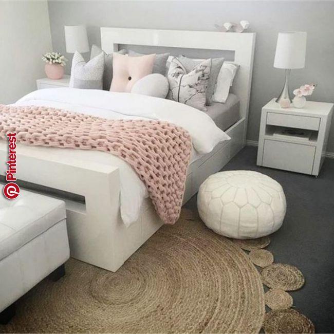 Graue und rosafarbene Schlafzimmer Ideen