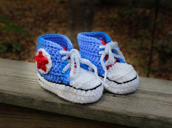 Crochet baby sneakers. Crochet blue baby by SweetBabyJamesShop, $25.00