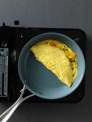 How To Make A Perfect Omelet - Omelet Recipe And Cooking Tips